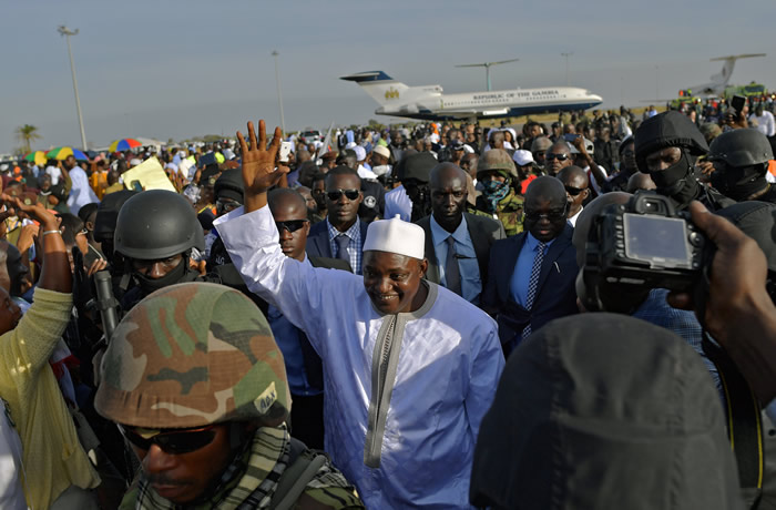 barrow-arrives-the-gambia